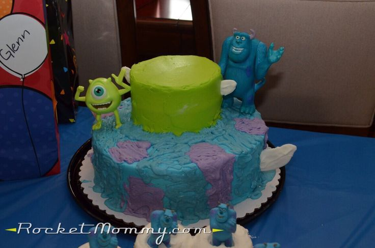 Customizing a grocery store cake for a Monsters Inc or Monsters University party