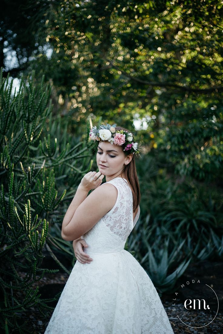 "   Ella Moda Bridal    ""Georgia""  bespoke wedding gown Model: Darby Lawrence Photography: Jackie Dixon  #bridal #bespoke #brisbane #photoshoot #beading #wedding #bride #model #flowers"