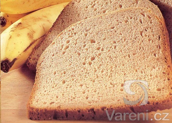 Jednoduchý a chutný chléb z přezrálých banánů.