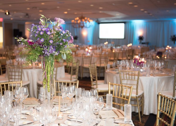 Tall Floral Centerpiece | 2016 Hospitality Gala | Auburn, Alabama | College of Human Sciences at Auburn University | Hotel & Restaurant Management Program