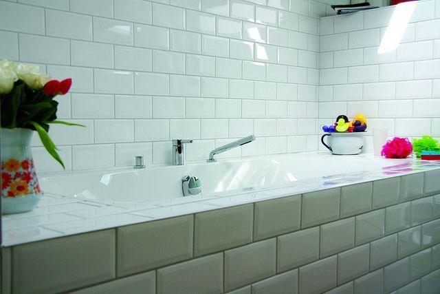 Badkamer metrotegels google zoeken interieur badkamer pinterest zoeken - Water badkamer model ...