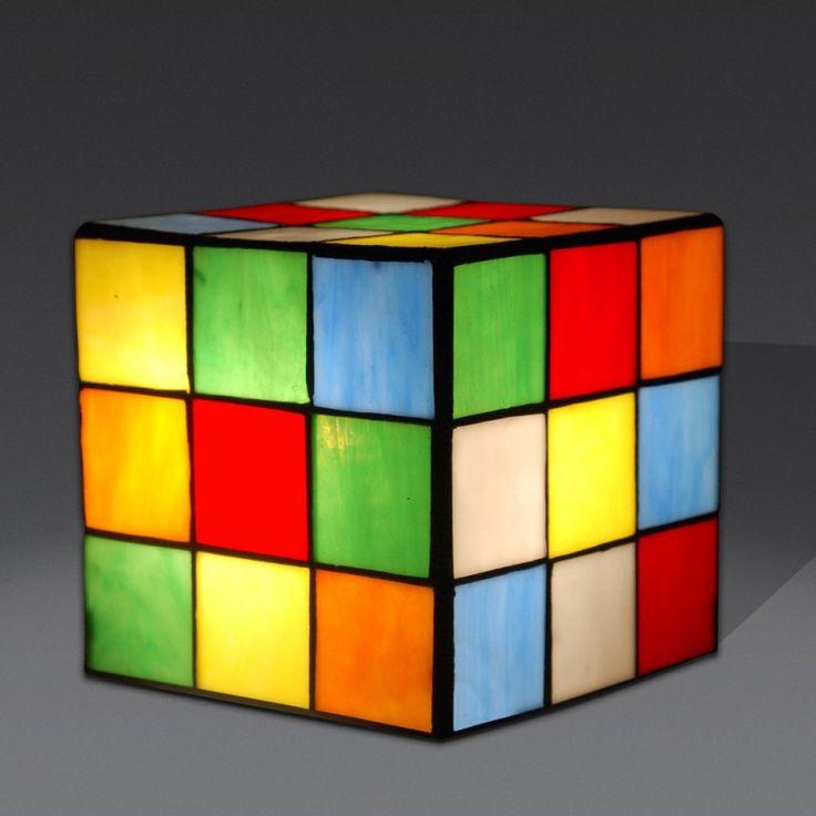 Lampada Tiffany da Tavolo o Comodino a forma di cubo di Rubik