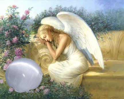Seleniet edelsteen, ook wel de engelensteen genoemd door de hoge vibratie die deze steen uitzend.