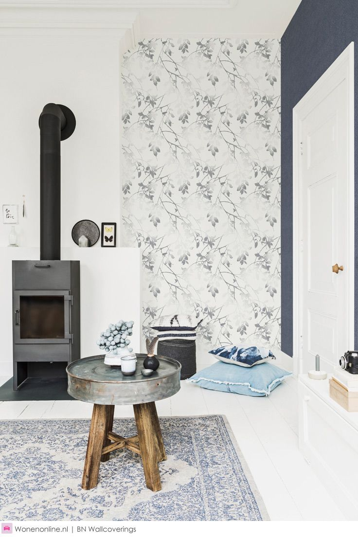 Behangcollectie Denim van BN Wallcoverings. Modieus, comfortabel en populair over de hele wereld. Daarom een ode aan dit fijne, tijdloze fashion item en de stof waarvan het gemaakt is; Denim.