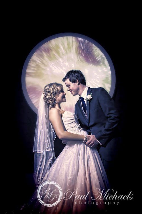 Romantic wedding photo at Te Papa. PaulMichaels Wellington wedding photography http://www.paulmichaels.co.nz/