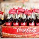 Decora con botellas de coca-cola: añade un toque 50´s a tu boda