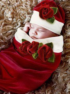 baby christmas photo