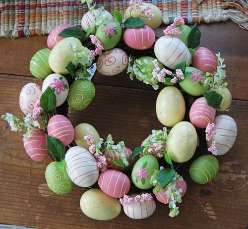 Easter egg wreath by Backdoor Buttercups