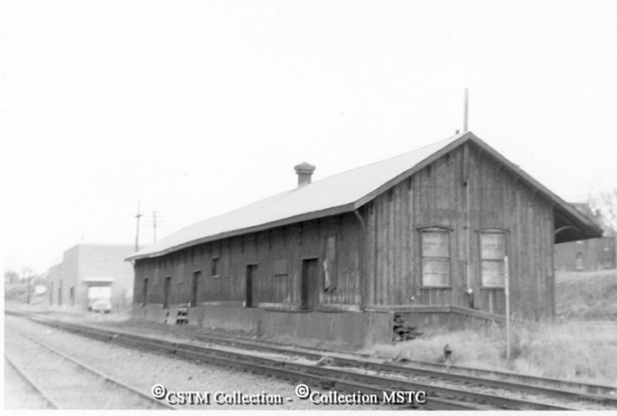 Location:  Pembroke, ON  Railway Name:  CANADIAN NATIONAL RAILWAYS  Date:  1973-10-00