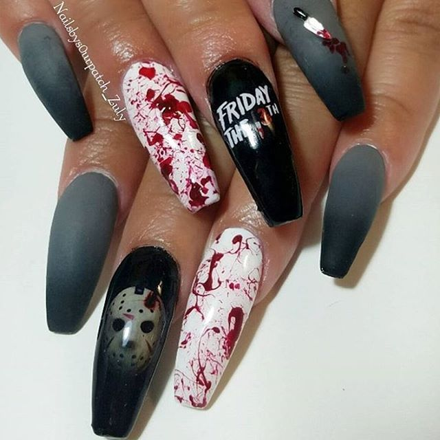 Best 25+ Goth nail art ideas on Pinterest | Goth nails ...