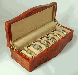 Ragar 6 Watch Box in Faux Burl - Sale: $185.00