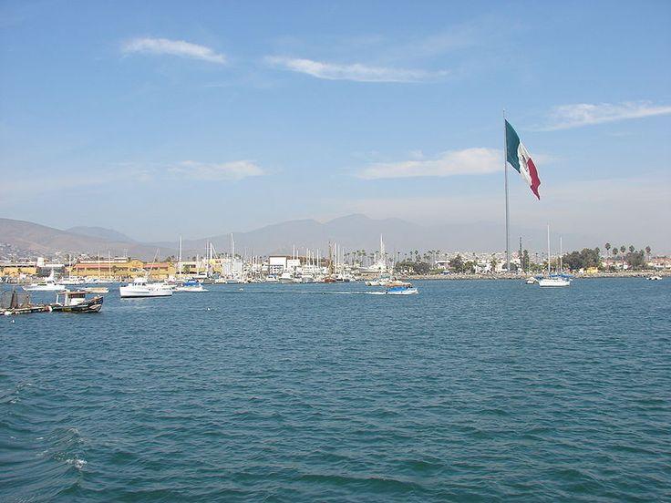 Bandera Monumental Ensenada - Juramento a la Bandera (México) - Wikipedia, la enciclopedia libre