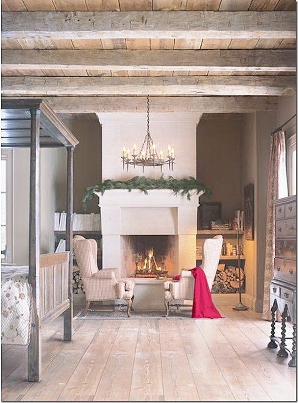 Lovely: Decor, Ceilings Beams, Christmas Bedrooms, Fireplaces, Master Bedrooms, House, Bedrooms Furniture, Country Bedrooms, Design