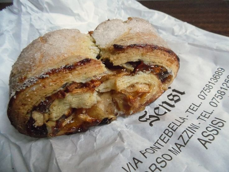 Rocciata pastry from Assisi