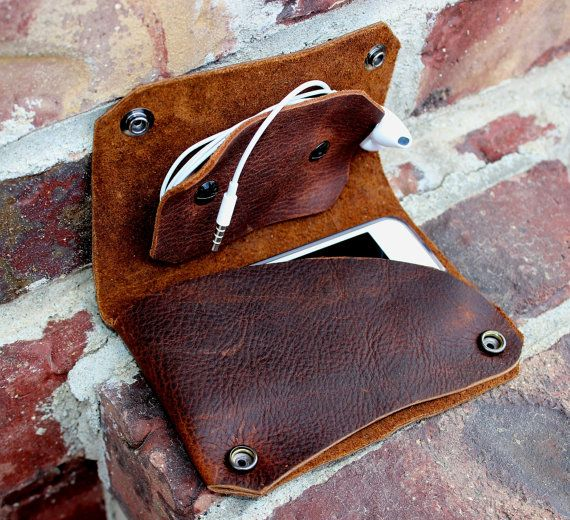 Oiled Leather Phone/MP3 Player Case and Cord Organizer