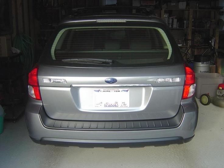 Subaru Outback 25i XS