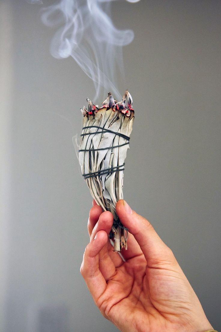 How To Make Smudge Sticks That Eliminate Negative Energy