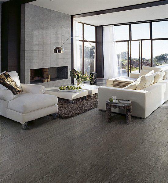 rustgevende ruimte met een kleur combinatie tussen donkere kleuren en lichte meubels