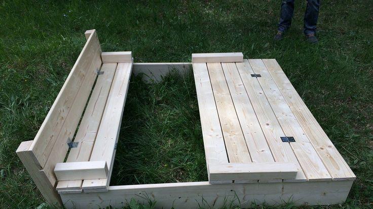 Sie wollen einen Sandkasten selber bauen? Dann verraten wir Ihnen wie das geht! Hier geht's zur Anleitung.