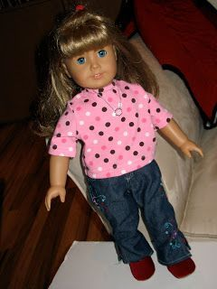 """Here's a quick little tute for an 18"""" doll t-shirt.  My daughter is really into these dolls lately, as are a lot of her friends, so I thoug..."""