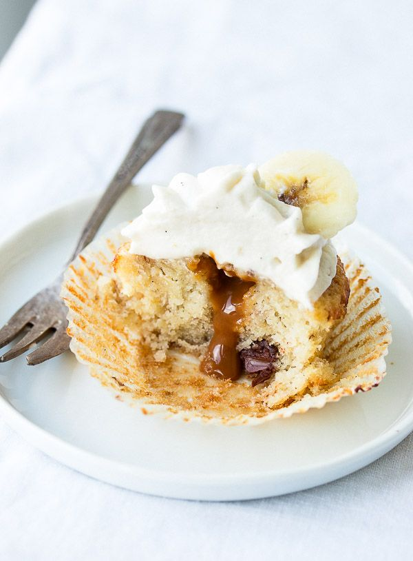 Full of caramel and banana flavor, these banoffee cupcakes are moist, creamy, and the best I've ever tried!