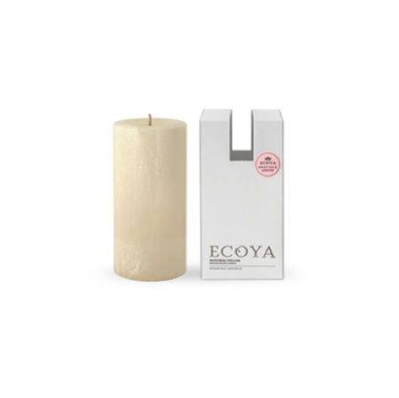 Ecoya Pillar Candle – Sweet Pea and Jasmine. Enchanting sweet pea and white jasmine entwine to capture the very essence of floral elegance. Delicately uplifting notes of watermelon and cucumber add extra freshness to round out the composition.