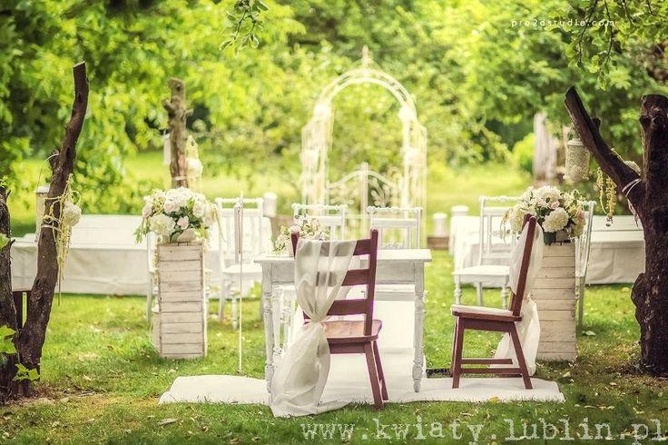 Ślub plenerowy w sadzie fot.Pro2dstudio.com