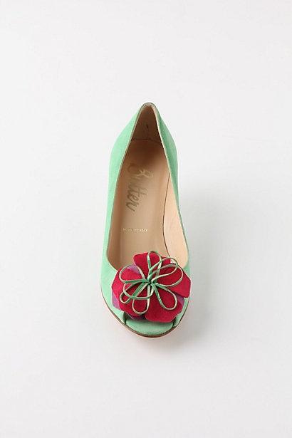Mint flower heels: Mint Mallow, Mint Flowers, Fashion, Style, Flower Shoes, Shoe Inspiration Mint, Mint Peep Toes, Awesome Shoes, Flower Heels So