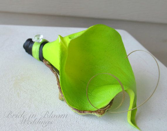 Lime green boutonniere real touch calla
