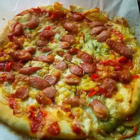 ホエー生地deバジルソースピザ