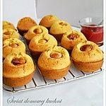 Muffinki z parówkami