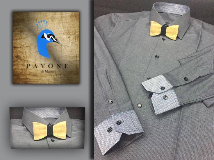 Τρικολίνα Αγγλίας (βαμβάκι). Γιακάς Ημι-Rex,μανσέτα κοφτή. Γαρνιτούρα σχέδιο λαχούρι στον γιακά και στην μανσέτα (εξωτερικά), κουμπί μαύρο, κουμπότρυπα γκρί στο χρώμα του πουκαμίσου. Παπιγιόν χειροποίητο ξύλινο.