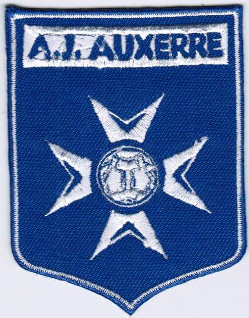 Ligue 2 AJ Auxerre Association de la Jeunesse Auxerroise France Football Patch