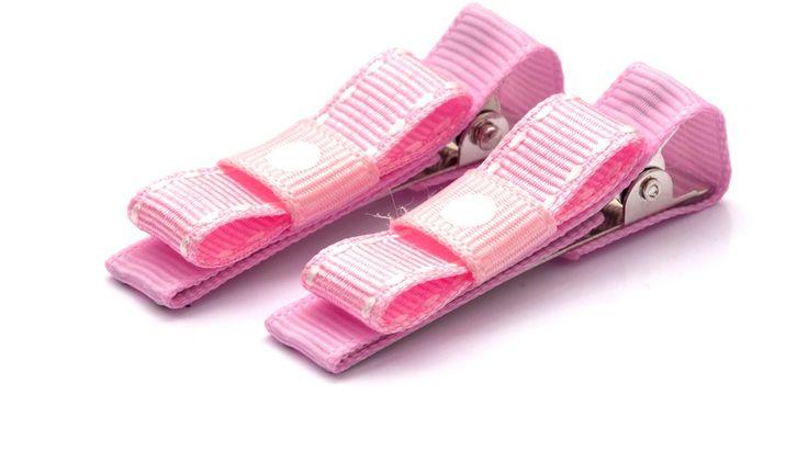 Hårklämma Marie 40kr/par. made by gruvstad - accessoarer (klämmor, rosetter, hårband, diadem & napphållare) till baby & barn. Allting är handgjort med kärlek