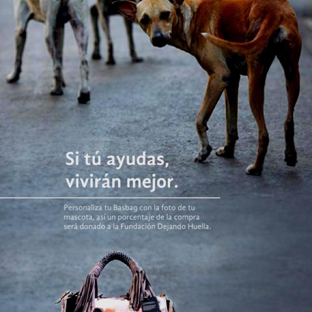 Describe tu pin...personaliza tu basbag con tu mascota y dona una parte a la fundación dejando huella basbag.com.mx