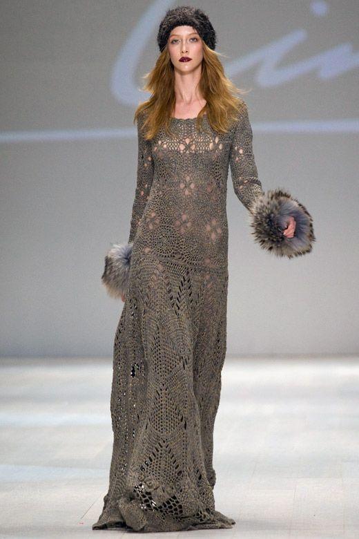 crochet lace winter knittted dress   http://sexycrochet.com/es/2013/09/19/vestidos-de-invierno-de-crochet-de-lana/