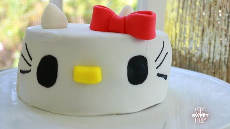 Como hacer pastel de Hello Kitty - How to make Hello Kitty Cake!