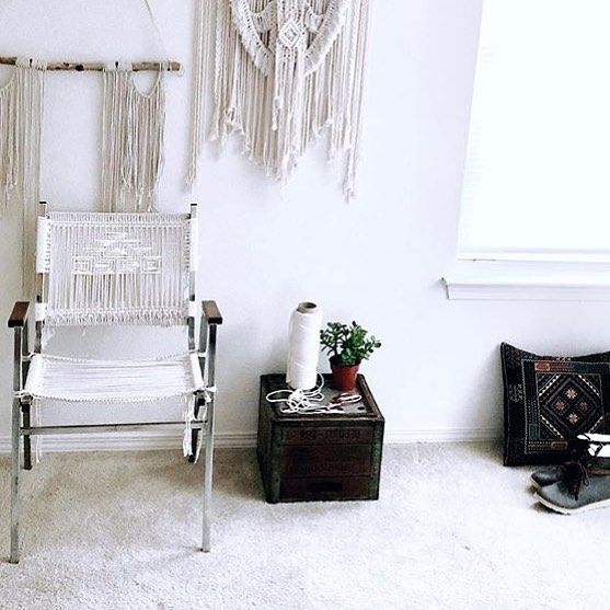 This chair shared by @thebraidedrope 🌿is too pretty to sit in! Well done! 👏🏼💕 #homedecor #fiberart #macrame #fiberlove #handmade #furnituredesign #southwest #southwesternstyle #rockmountainco