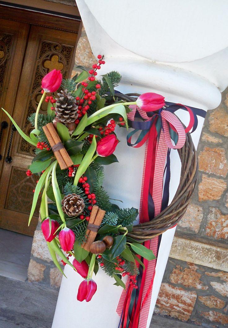 #vaptisi christmas stefani me kaneles, koukounaria & kastana, βαπτιση χριστουγεννιατικο στεφάνι με κάλλες, κανέλες, κουκουναρια και κάστανα