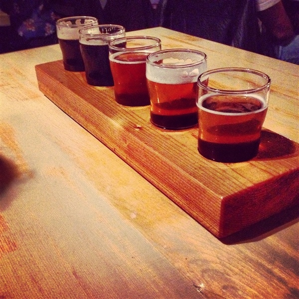 #Beer tasting at Indie Ale House in the Junction! #Toronto #Bars