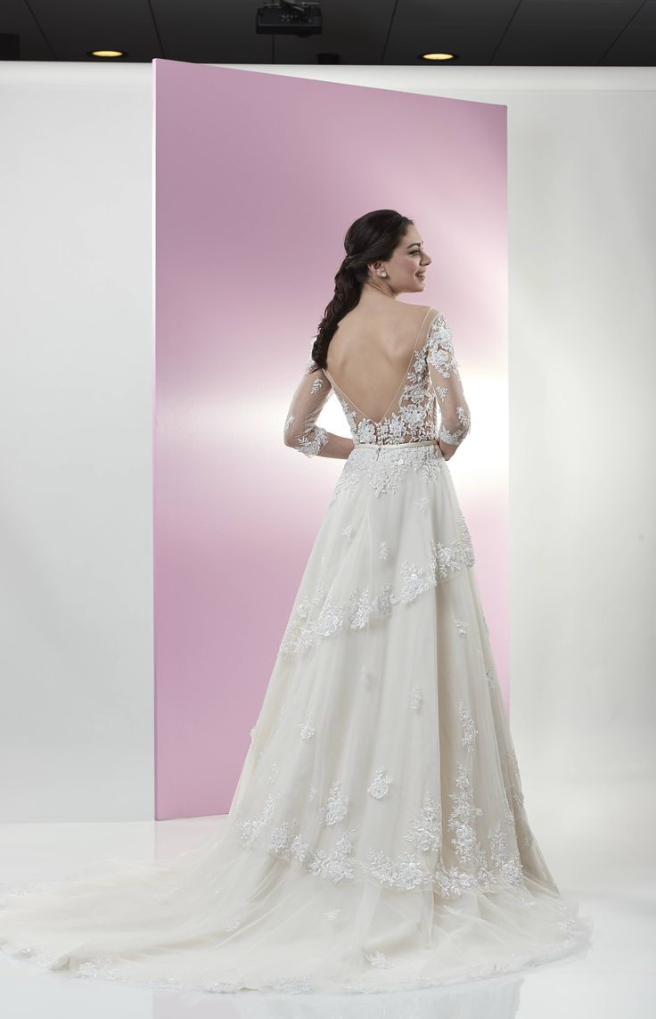 Küchenbar design-viertel venus bridal collection   brautkleid atn  venus bridal in