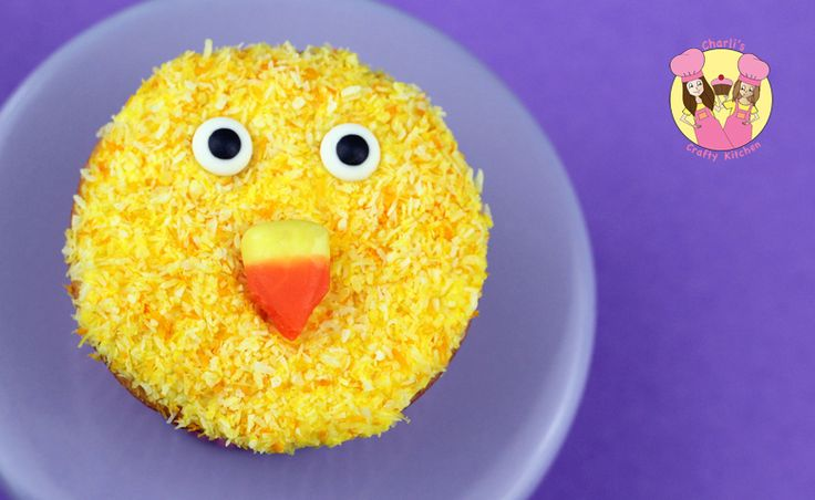 Easter chick cupcake Tutorial here: https://www.youtube.com/user/CharlisCraftyKitchen