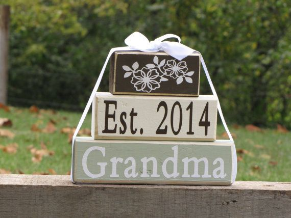 Pregnancy announcement: Gift for new Grandma by SpangGangDesigns