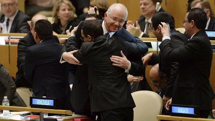 """Canciller venezolano: """"Más del 99% de la ONU nos apoya""""  http://www.telesurtv.net/news/Canciller-venezolano-Mas-del-99-de-la-ONU-nos-apoya-20141016-0061.html"""