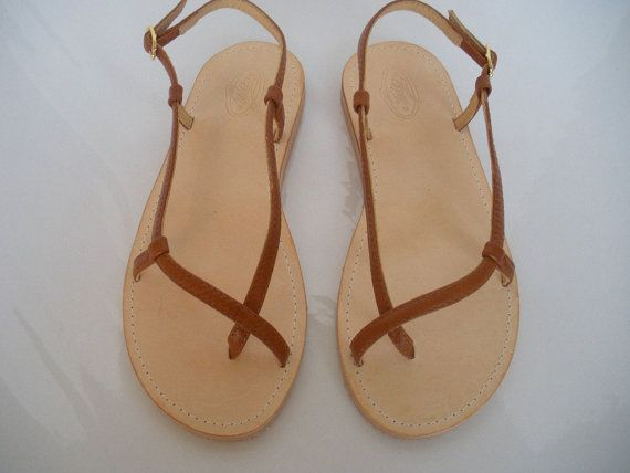 Handmade leather sandals by tuto.