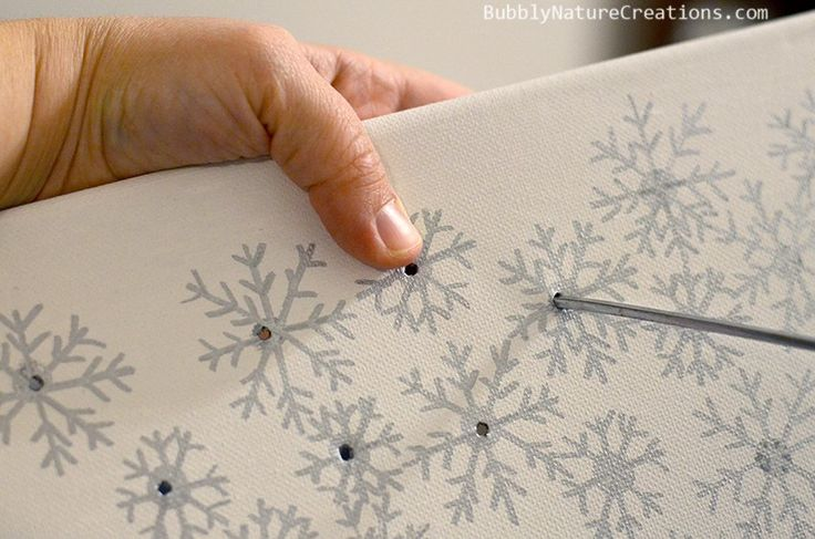 DIY Illuminated Canvas for Christmas decor!