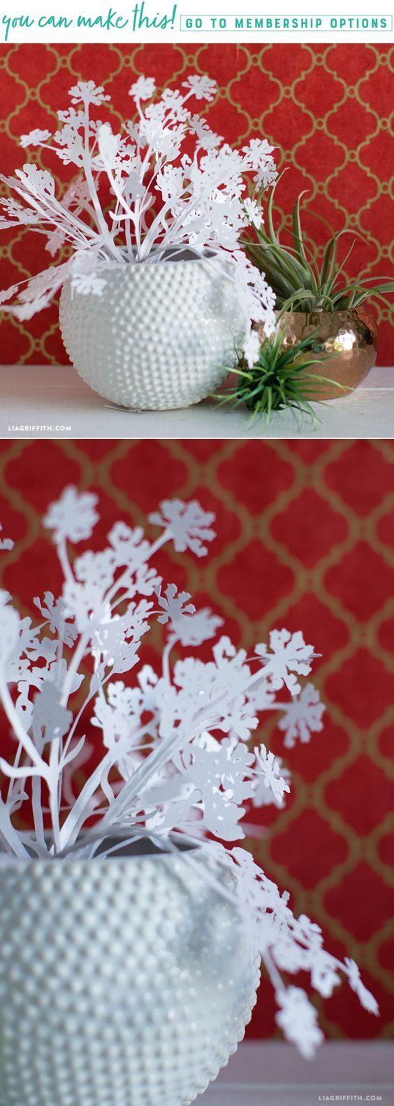 DIY Papercut Queen Anne's Lace - www.LiaGriffith.com - #crcitumaker #cricutmade #cricutcut #officialCricut #paperflowers #paperfoliage