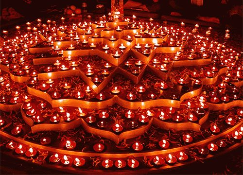 Happy Diwali Glowing Lamps Picture