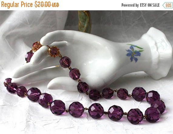 SALE Vintage Purple Bead Necklace  Womens Jewelry 14mm