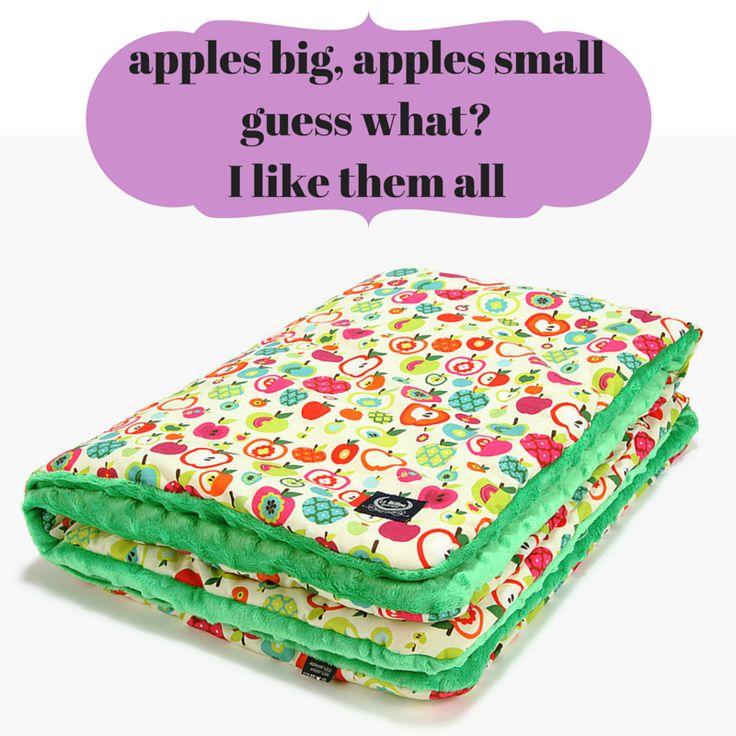 seasonal fruits apple looking good on our blanket #childblanket #babyblanket #apples #minkyblanket #colourfulblanket #apples #apple #green #seasonalfruit #lamillou